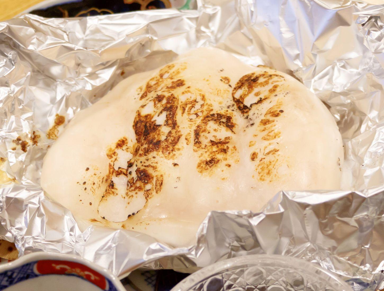 銀座の個室で味わうふぐ料理 特大天然とらふぐの焼き白子